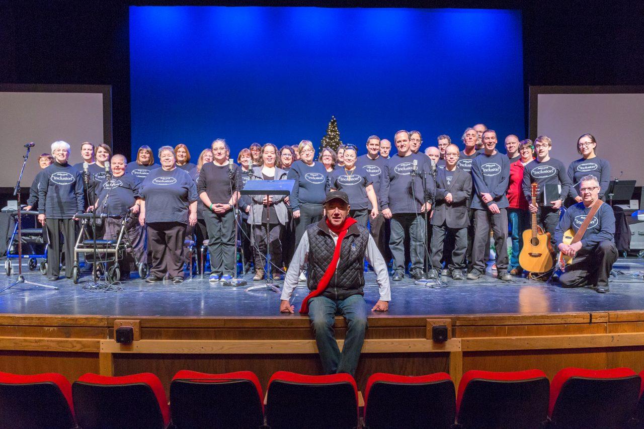 choir-with-tom-jackson